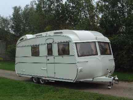 Cool Carlight 2016 16ft 2 Berth Caravan For Sale  In East End Glasgow